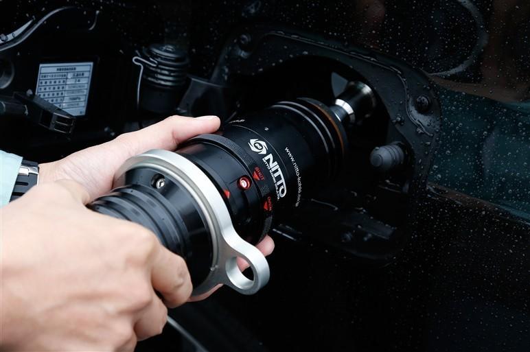 Заправочный штекер БРС CUPLA водородного автомобиля будущего Toyota FCV MIRAI